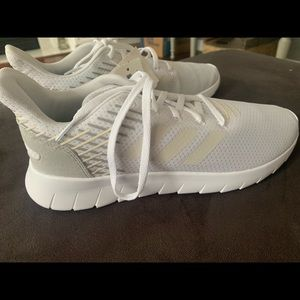 Adidas Running Ultraboost pied shoes white size 9